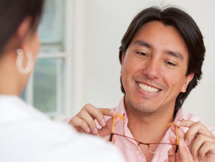 Лечение дальнозоркости (гиперметропии), методы лечения, лазером ...