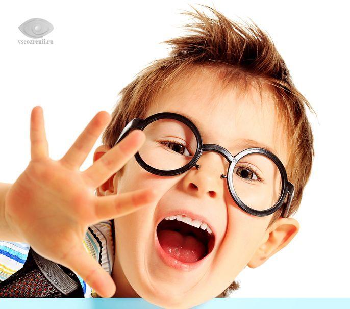 Улучшается ли зрение от очков у детей